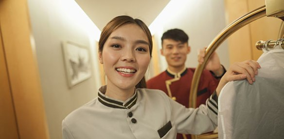 hotel_staff